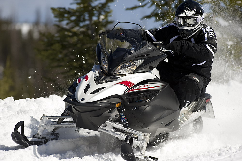 2013 Spring Buying Programs - MaxSled com Snowmobile Magazine